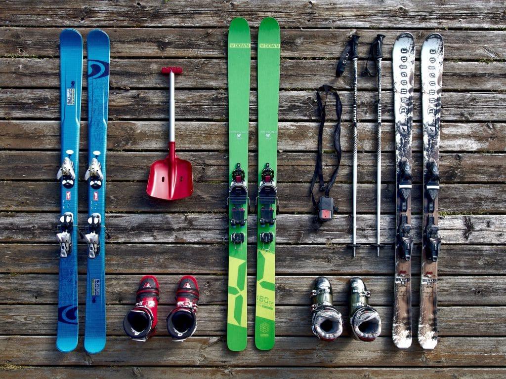 paires de ski à louer